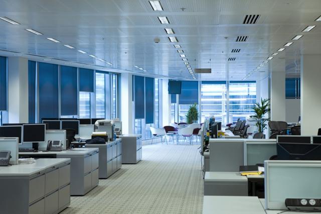 Состояние рынка офисной и торговой недвижимости