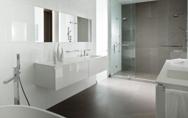 Обустройство ванной комнаты: мебель