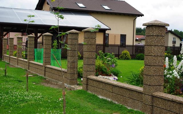Стеновые и заборные блоки — одни плюсы!