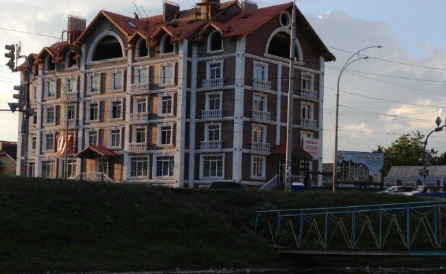 Новострой, г. Киев, ул. Московская