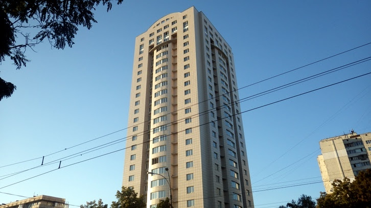 пр. Правды, 80-82, Киев